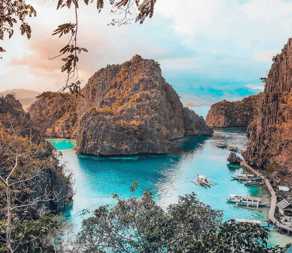 view during the island hopping in Palawan Pilippines | best things to do in the Philippines